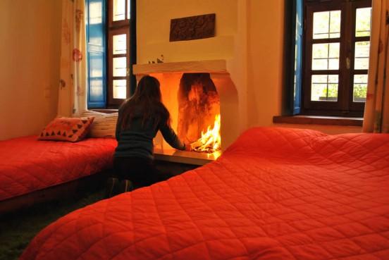 5 δωμάτια για την άνετη διαμονή σας στα Ζαγοροχώρια στον Ξενώνα Ρόκκα στο Τσερβάρι